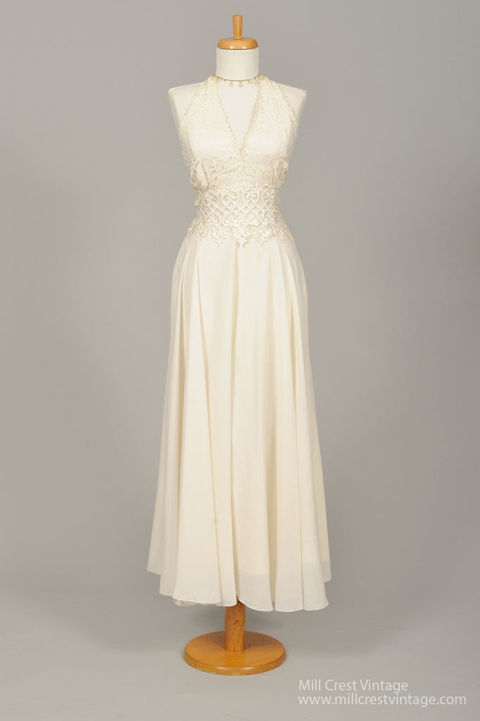 1960 Crochet and Lace Vintage Wedding Dress - Mill Crest Vintage