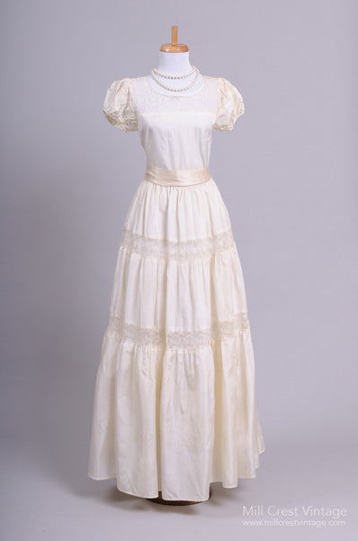 1940 Peasant Lace Vintage Wedding Gown - Mill Crest Vintage