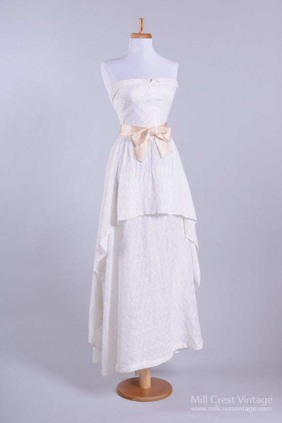 1950 Eyelet Sweetheart Vintage Wedding Dress-Mill Crest Vintage