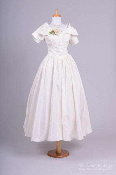 1960 Taffeta Vintage Wedding Dress-Mill Crest Vintage