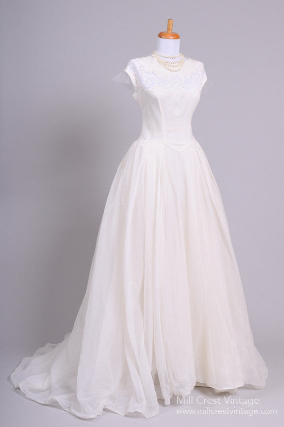 1950 Lace Appliqued Vintage Wedding Gown - Mill Crest Vintage