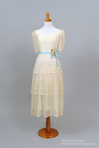 1970 Scalloped Lace Vintage Wedding Dress-Mill Crest Vintage