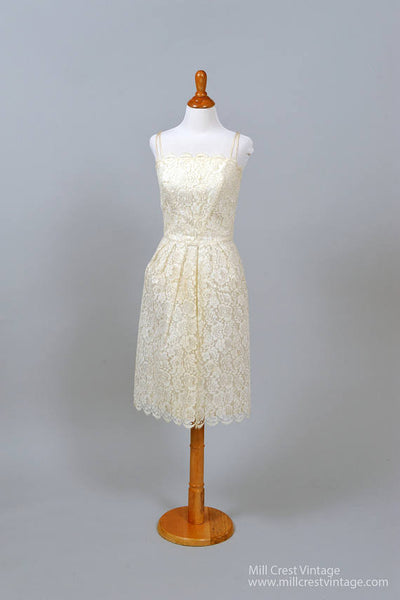 1960 Sweet Scalloped Vintage Wedding Dress-Mill Crest Vintage