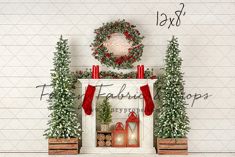 Shiplap Holiday Mantle Room