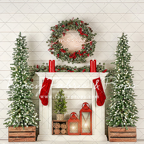 Shiplap Holiday Mantle