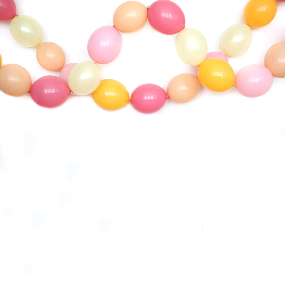 Peaches & Cream Link Balloon Garland