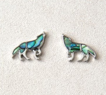 Wild Pearle Wolf Earrings