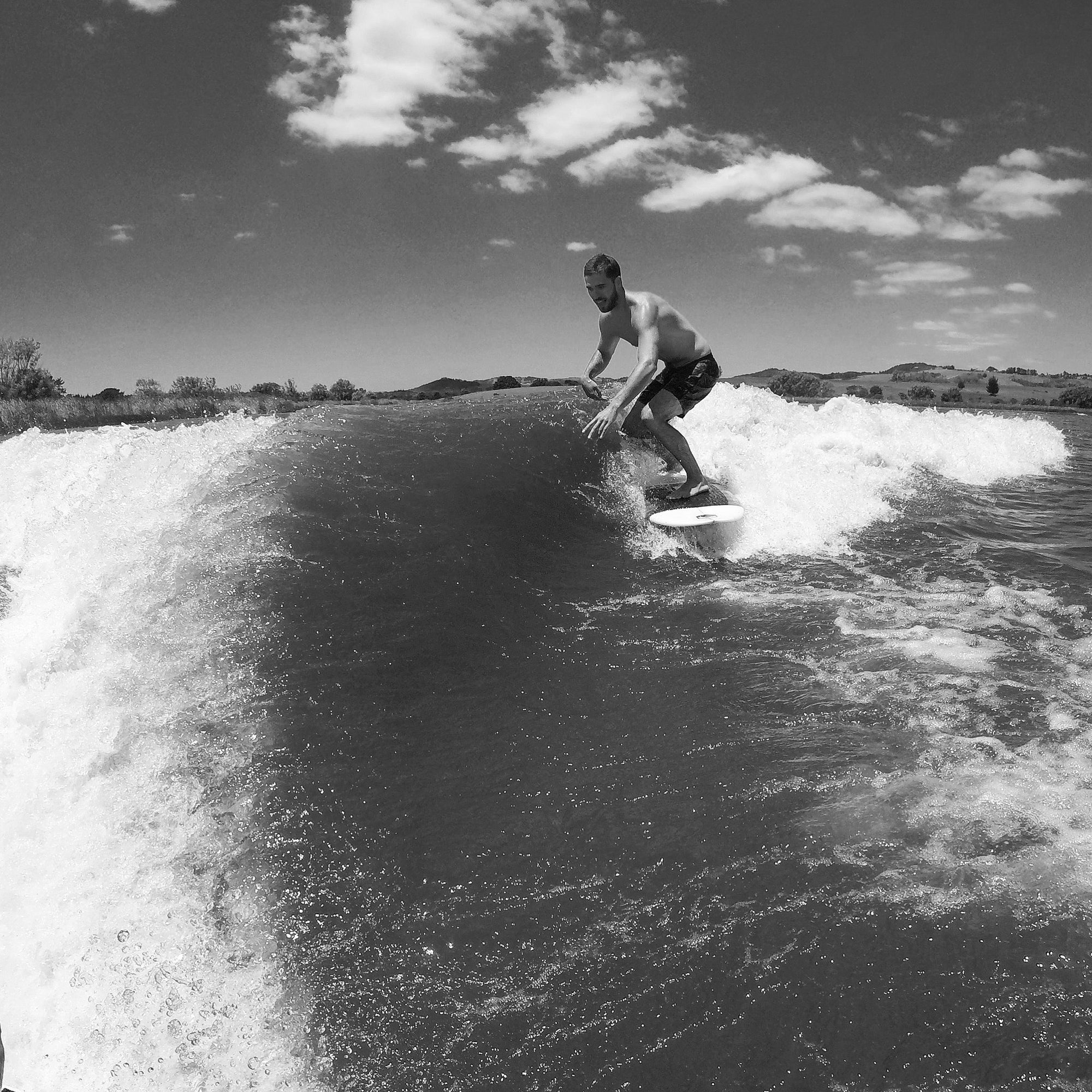 Brofessionals: Wakesurfing Made Easy