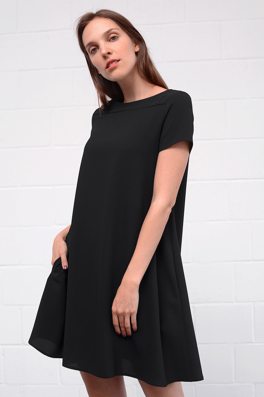 Apesia Dress - nero