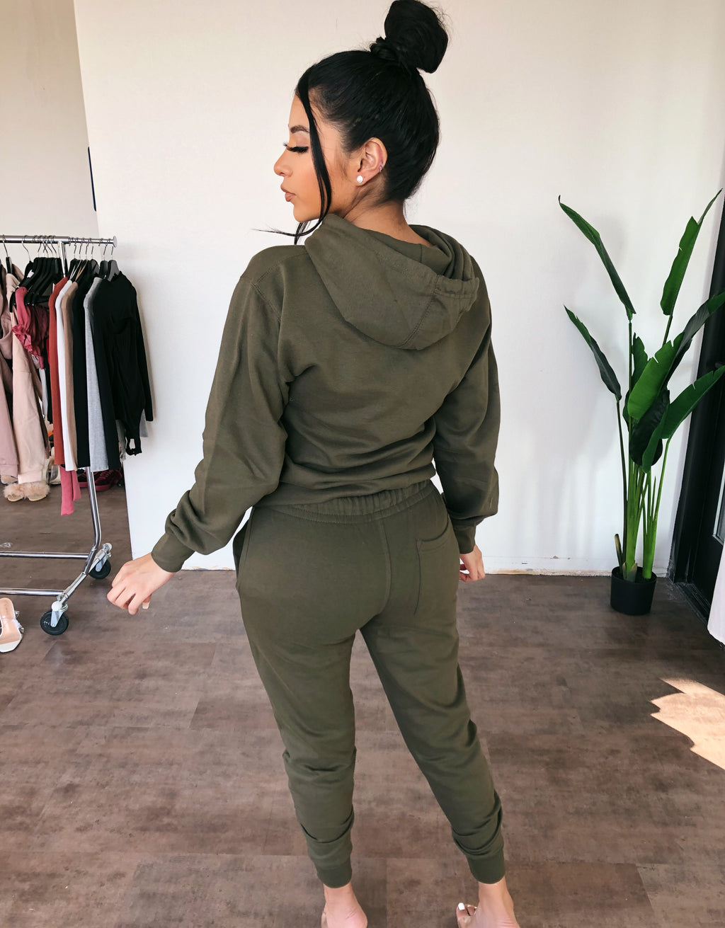 OOTDFASH Joggers (Olive)