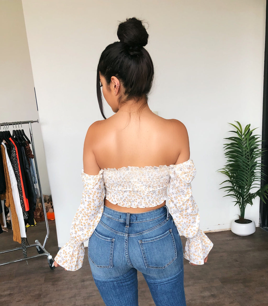 Rosa Off Shoulder Floral Print Top(White)