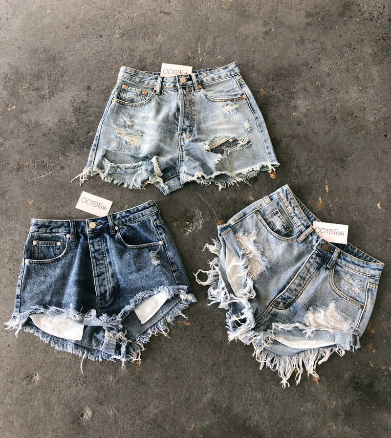 David High Waist Shorts(Light Denim)