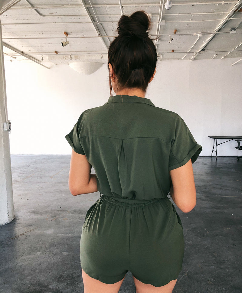 Kourtney Short Sleeve Romper(Olive)