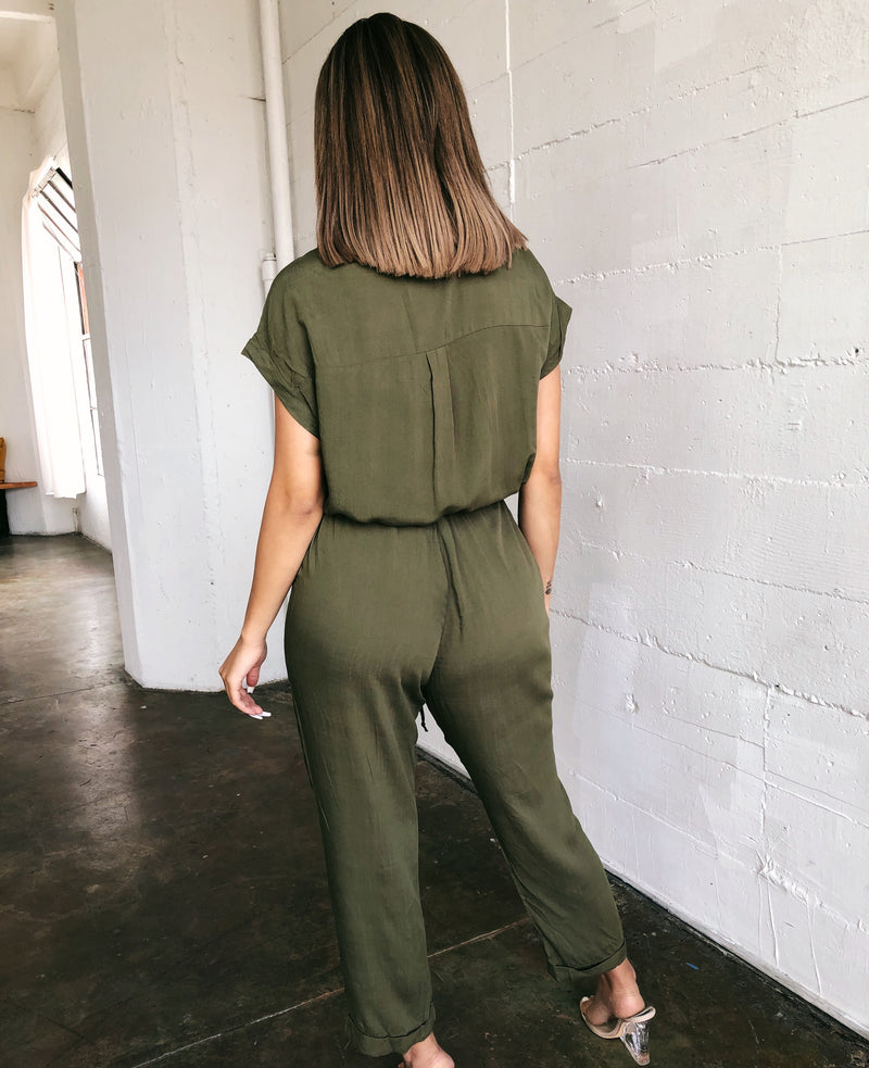 Stella Short Sleeve Jumpsuit(Olive)