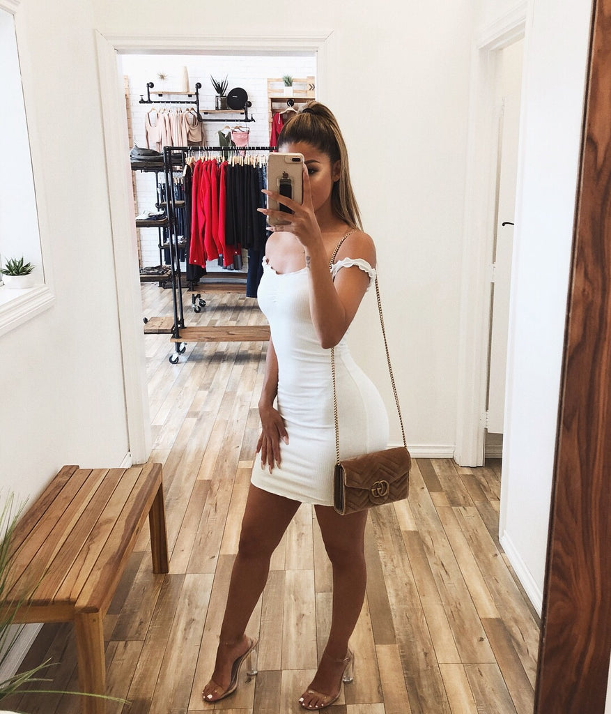 Emily Off Shoulder Dress(White)