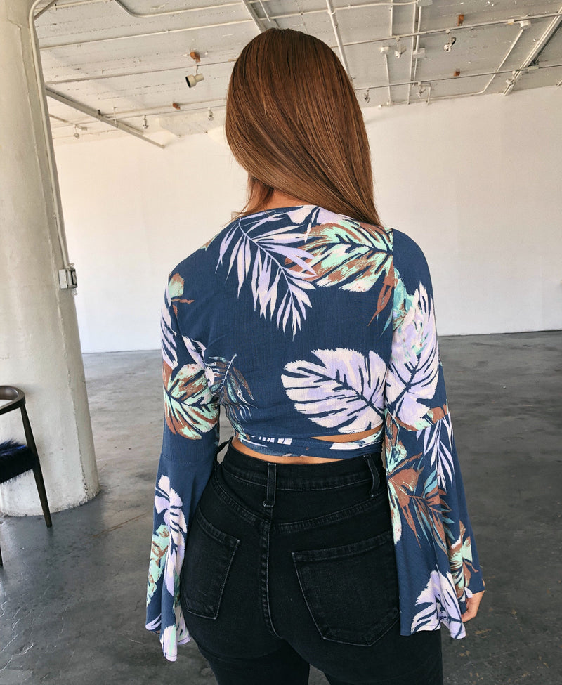 Alyssa Floral Knot Top(Denim Blue)