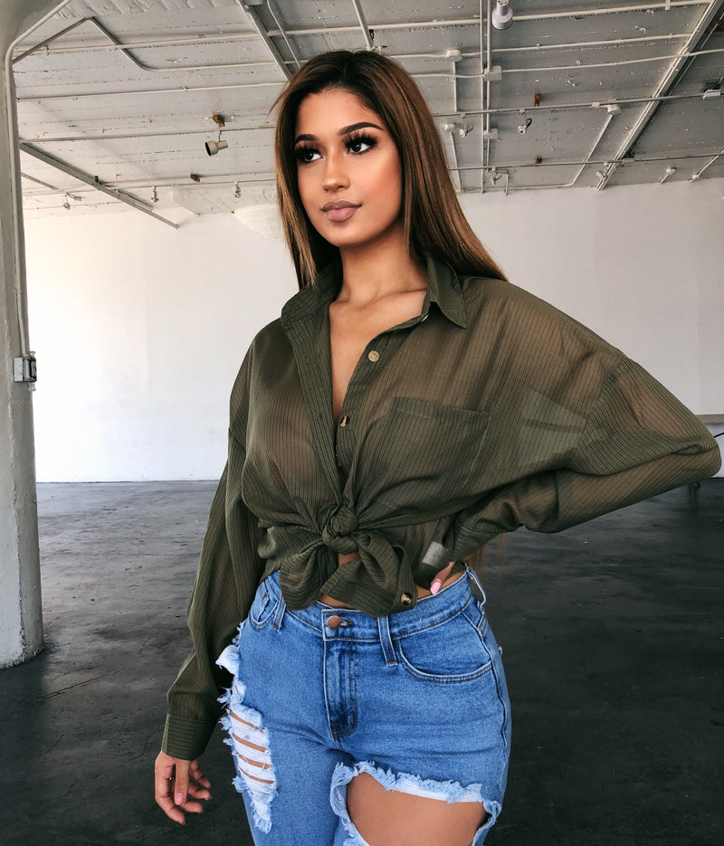 Leah Sheer Button Top(Olive)
