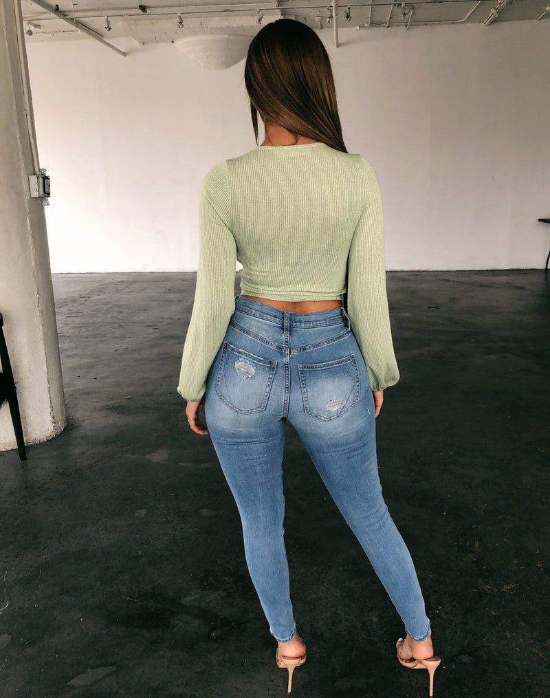 Kylie Ultra High Rise Jeans(Light Denim)