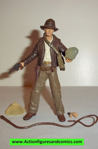 Indiana Jones hasbro INDIANA JONES Alien crystal skull 2008 complete