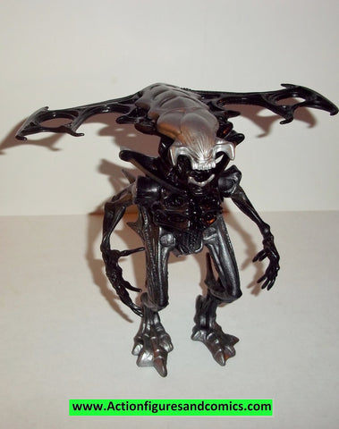 Aliens vs Predator kenner KING ALIEN black kb toys movie action figures