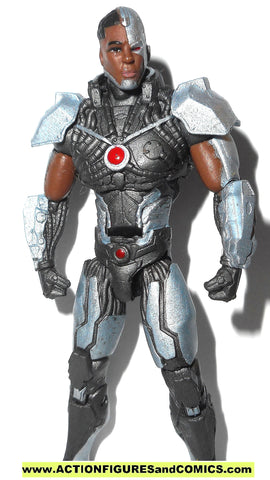 dc direct CYBORG INJUSTICE infinite heroes collectibles action figures