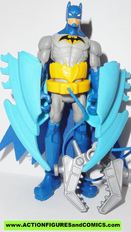 Batman Unlimited BATARANG CLAW blue suit amimated dc universe