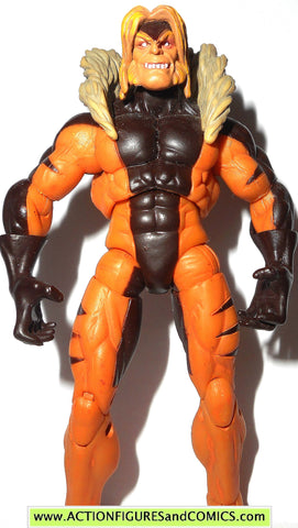 marvel universe SABRETOOTH x-men first class hasbro toys action figures comic pack