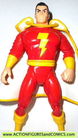 DC comics Super Heroes SHAZAM 1998 kenner hasbro universe action figure