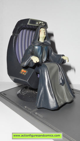 star wars action figures EMPEROR PALPATINE throne chair 1998 power of the force potf & EMPEROR PALPATINE star wars power of the force freeze frame potf ...