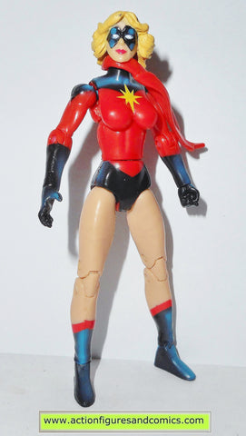 marvel universe MS MARVEL red short hair 023 series 1 2009 hasbro action figures
