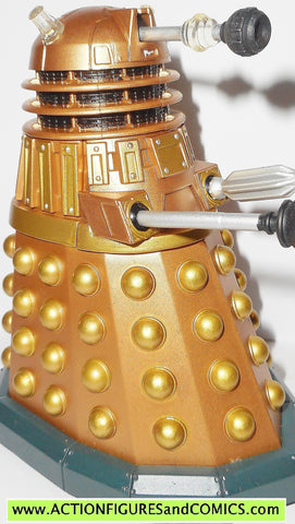 doctor who action figures DALEK gold supreme Thay character options