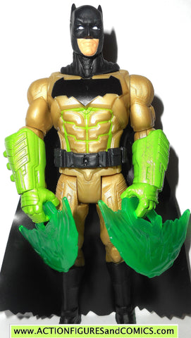 dc universe movie Batman v Superman KRYPTONITE GAUNTLET 2016 action figure