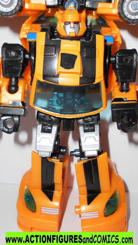transformers BUMBLEBEE 20010 reveal the shield generations classics CHUG
