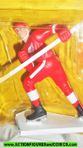 Starting Lineup STEVE YZERMAN 1994 Detroit Red Wings hockey CANADA moc