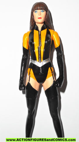 dc direct SILK SPECTRE modern WATCHMEN collectibles universe 100
