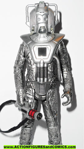 doctor who action figures CYBERMAN cybermen EARTHSHOCK episode bbc