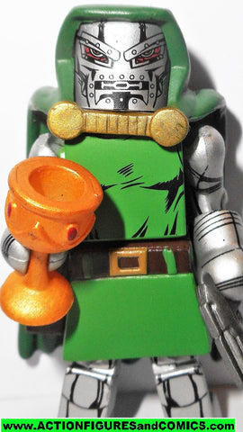 minimates DR DOOM bring on the bad guys 2009 fantastic four 4 marvel