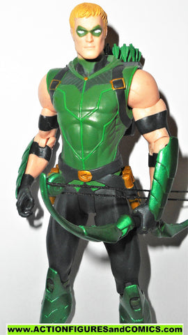 dc direct GREEN ARROW new 52 collectibles 2013 justice league wbow