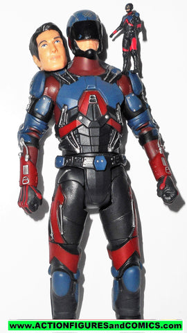 dc universe classics ATOM arrowverse cw legends of tomorrow multiverse