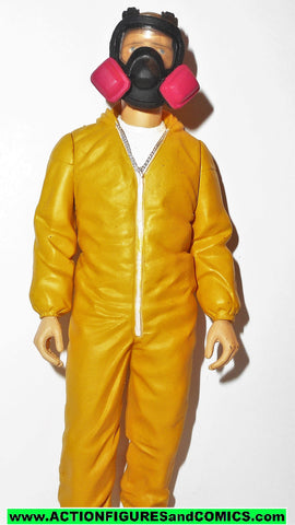 Breaking Bad JESSE PINKMAN yellow hazmat suit Cook mezco toys 2014