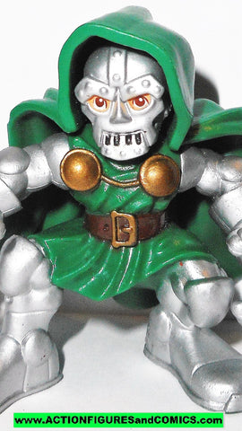 Marvel Super Hero Squad DR DOOM battle for castle Fantastic Four 4 pvc defeat