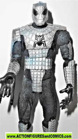 marvel legends SPIDER-MAN armored silver web armor classics universe fig