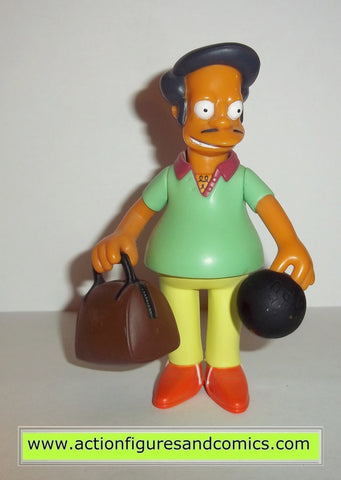 simpsons APU PIN PAL 2001 series 3 bowling league playmates