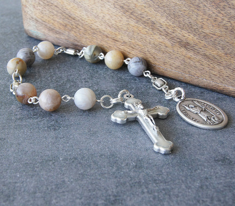 San Juan Bautista chaplet, Christian saint prayer beads