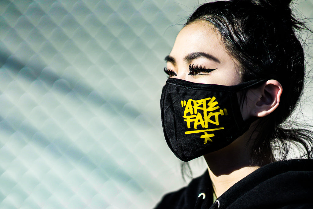 Artefakt Dust Mask (Yellow Logo)