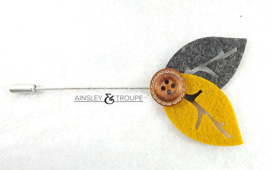 Leaflet Lapel Pin (black & gold)
