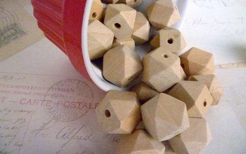 18mm Geometric Natural Wooden Beads