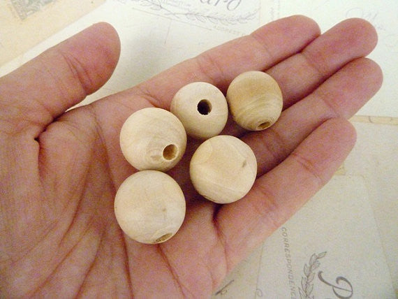 20mm Natural Round Wooden Beads
