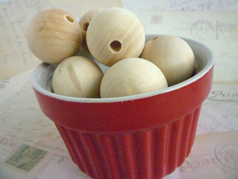 30mm Natural Round Wooden Beads