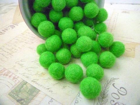 Bright Green - Felt Balls - 1cm